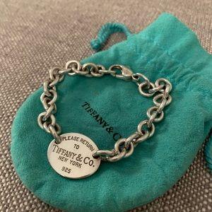 Tiffany & Co Oval Tag bracelet